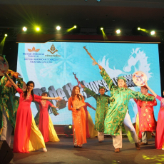 An internal performance by PMD JV at Internal Tet Party 2013-2014